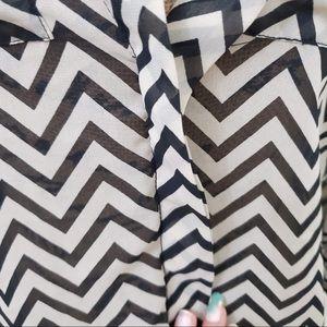 Charlotte Russe Tops - Charlotte Russe zig zag blouse